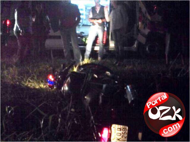 SJB_acidente-em-frente-a-casa-de-shows-br356-sao-joao-da-barra-rj3_pozk